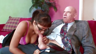 An old fellow takes pleasure of being sucked on his pecker
