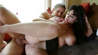 Engaging sluttish bitch is posing horny with dirty man