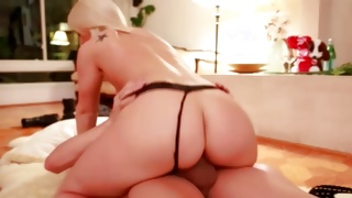 Lusty blondie looks weird on horny free porn